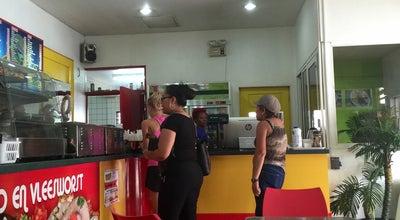 Photo of Burger Joint Leckies at Wilhelminastraat 66, Paramaribo, Suriname