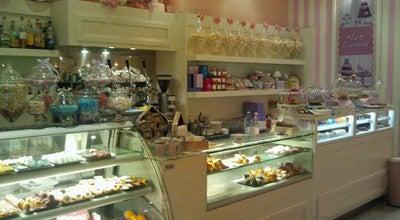 Photo of Cupcake Shop La Briocheria at Via Xx Settembre, 45, Rimini 47923, Italy