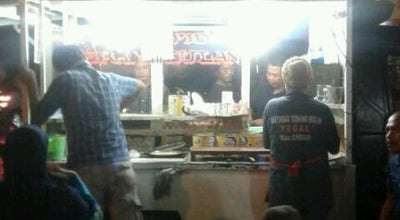 Photo of Food Truck Terang Bulan & Martabak Mas Ondos at Jl. Jend. Sudirman, Ambon, Indonesia