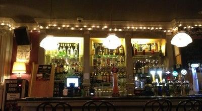 Photo of Pub Sweeney's Bar & Restaurant at 32 Dame St, Dublin 2, Ireland
