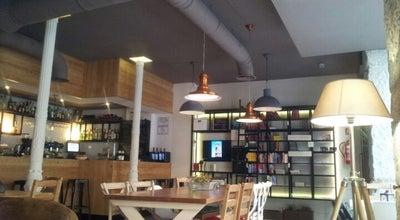 Photo of Coffee Shop La Ciudad Invisible | Café-librería de viajes at C. Costanilla De Los Ángeles, 7, Madrid 28013, Spain