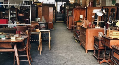 Photo of Antique Shop Glasfabrik at Lorenz-mandlgasse 25, Vienna 1160, Austria