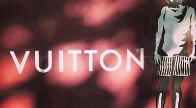 Photo of Clothing Store Louis Vuitton at Paseo De Gracia 80, Barcelona 8008, Spain
