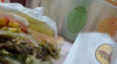 Photo of Burger Joint TRUGILO Lanches at Rua Rio Branco, Salto, Brazil