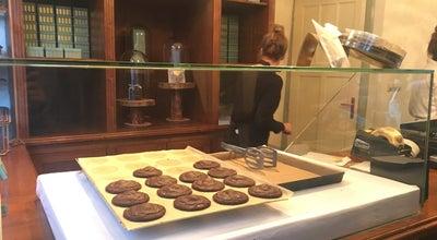 Photo of Dessert Shop Van Stapele Koekmakerij at Heisteeg 4, Amsterdam 1012 WC, Netherlands