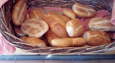Photo of Bakery Panadería Londres at 18 De Septiembre, Chillán, Chile