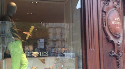 Photo of Clothing Store Hermes at 42 Avenue George V, Paris 75008, France