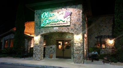 Photo of Italian Restaurant Olive Garden at 1604 W Osceola Pkwy, Kissimmee, FL 34741, United States