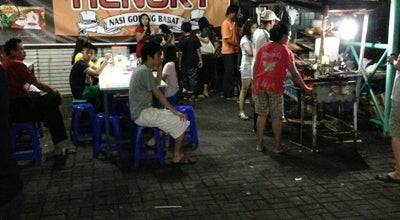Photo of Food Truck Nasi Goreng Babat HENGKY at Pujasera Puri Anjasmoro, Semarang, Indonesia