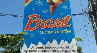 Photo of Ice Cream Shop Es dan kopi Brazil at Jl. Jend Suprapto, Indonesia