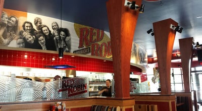 Photo of American Restaurant Red Robin America's Gourmet Burgers and Spirits at 17308 Chesterfield Airport Rd, Chesterfield, MO 63005, United States