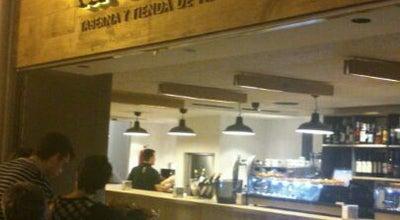 Photo of Tapas Restaurant La Tavina at C. Laurel 2, Logroño 26001, Spain