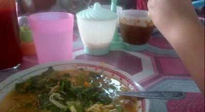 Photo of Indonesian Restaurant Tinutuan Om Ferry at Peramil, Wenang 95128, Indonesia