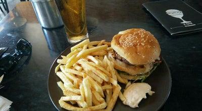 Photo of Burger Joint Honorato Hamburgueres Artesanais at R. Professor Francisco Gentil, Lt A, Lisbon 1600-625, Portugal