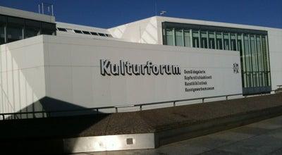 Photo of Plaza Kulturforum at Matthäikirchplatz, Berlin 10785, Germany