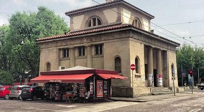 Photo of Monument / Landmark Porta Santo Stefano at Piazza Di Porta Santo Stefano, Bologna, Italy