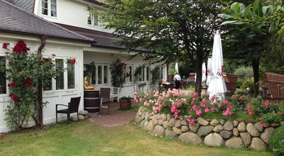 Photo of German Restaurant Fitschen am Dorfteich at Am Dorfteich 2, Wenningstedt-Braderup, Germany