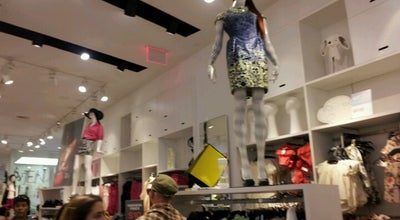 Photo of Clothing Store H&M at 558 Broadway, New York, NY 10012, United States