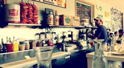 Photo of Diner Mae's at 24060 Woodward Ave, Pleasant Ridge, MI 48069, United States