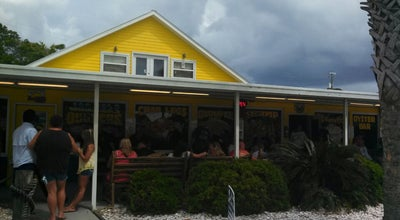 Photo of Seafood Restaurant Hunt's Oyster Bar & Seafood Restaurant at 1150 Beck Ave, Panama City, FL 32401, United States