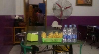 Photo of Asian Restaurant Rumah Makan Ibu Merry at Jl. Abdullah Silondae, Kendari 93111, Indonesia
