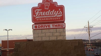 Photo of Burger Joint Freddy's Frozen Custard & Steakburgers at 3465 N 168th Ct, Omaha, NE 68116, United States