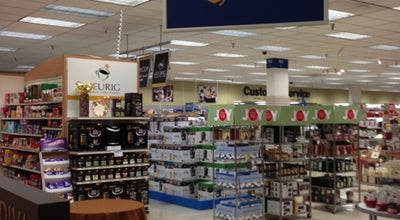 Photo of Department Store Navy Exchange at Greenbay Road, Great Lakes, IL 60088, United States