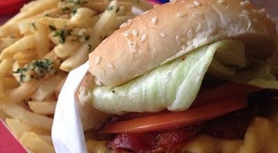 Photo of Burger Joint Hegenburgers at 280 Hegenberger Rd, Oakland, CA 94621, United States