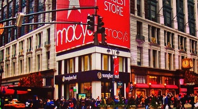 Photo of Department Store Macy's at 1 Garden State Plaza, Paramus, NY 07652