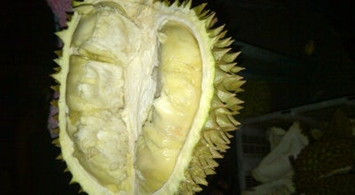 Photo of Fruit and Vegetable Store Ucok Durian at Jl. K.h. Wahid Hasyim No. 14, Medan, Indonesia