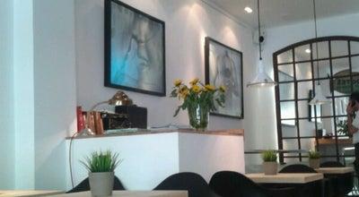 Photo of Coffee Shop Bendita Locura Coffee at C/ Príncipe De Vergara, 73, Madrid 28006, Spain