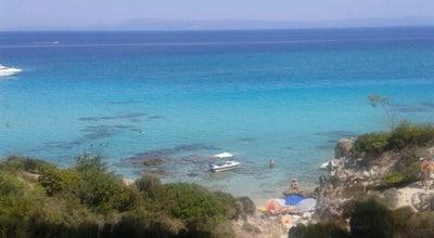 Photo of Beach Καβουρότρυπες (Kavourotrypes) at Καβουρότρυπες, Toroni, Greece