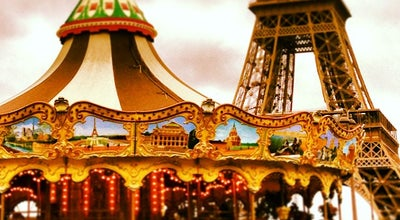 Photo of Theme Park Ride / Attraction Carrousel de la Tour Eiffel at Promenade Quai Branly, Paris 75007, France