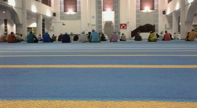 Photo of Mosque Masjid Al-Munawarah at Jalan Kemensah 27/53, Pusat Bandar Hicom 40400, Malaysia
