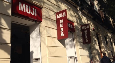 Photo of Paper / Office Supplies Store MUJI at Calle De Goya, 9, Madrid 28001, Spain