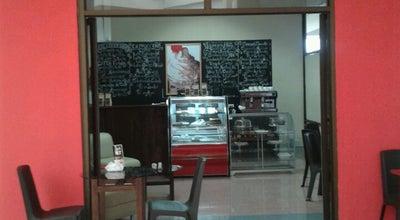 Photo of Breakfast Spot Cerezo's Café at Mall Plaza Liberia, Costa Rica