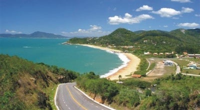 Photo of Beach Praia do Estaleiro at Pr. Do Estaleiro, Balneario Camboriu 88330-000, Brazil