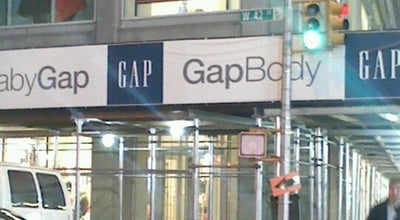 Photo of Clothing Store Gap at 1466 Broadway, New York, NY 10036, United States