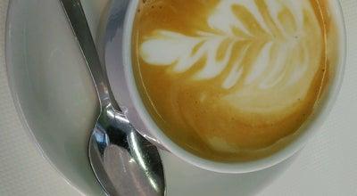 Photo of Cafe Cerveceria Kiss at Avenida De Los Castros 75, Santander, Spain