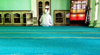 Photo of Mosque Masjid Saidina Umar Al-Khattab at Taman Cenderawasih, Kuantan 25200, Malaysia