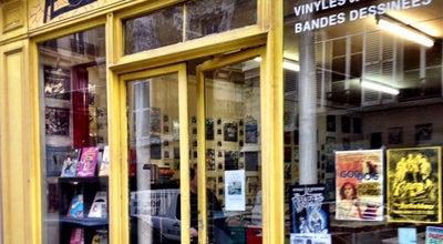 Photo of Record Shop Plus de Bruit at Rue De La Rochefoucauld, Paris, France