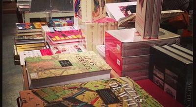 Photo of Bookstore 't stad leest at Steenhouwersvest 16, Antwerp 2000, Belgium