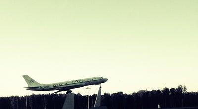 Photo of Monument / Landmark Самолет-памятник Ту-104 at Киевское Ш., Внуково, Russia