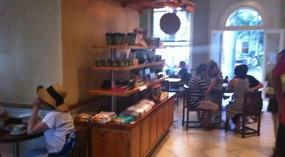 Photo of Coffee Shop Honolulu Coffee Company at 2365 Kalakaua Ave, Honolulu, HI 96815, United States
