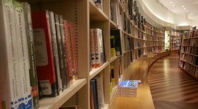 Photo of Bookstore Book World By Kinokuniya at The Dubai Mall, Level 2, Dubai, United Arab Emirates