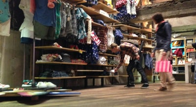 Photo of Clothing Store Urban Outfitters at 521 5th Avenue, New York, NY 10173