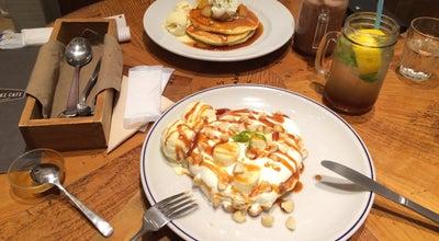 Photo of Cafe j.s. pancake cafe くずはモール店 at 楠葉花園町15-1, Hirakata 573-1121, Japan