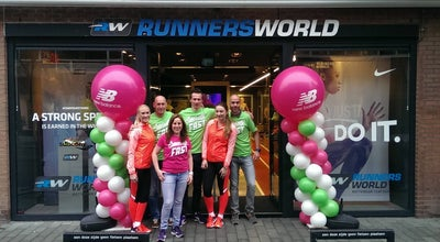 Photo of Sporting Goods Shop Runners World at Van Oldenbarneveltstraat 91, Rotterdam 3012GS, Netherlands