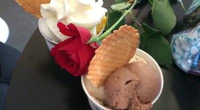 Photo of Ice Cream Shop De IJssalon at West-kruiskade, Rotterdam 3014, Netherlands