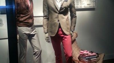Photo of Boutique Massimo Dutti at 18 Rue Du Président Édouard Herriot, Lyon 69001, France